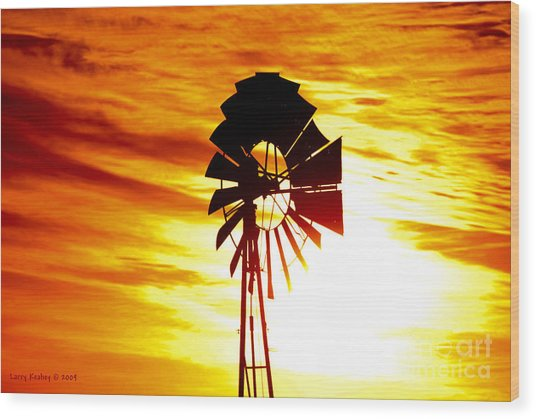 Oklahoma Sun Wood Print by Larry Keahey