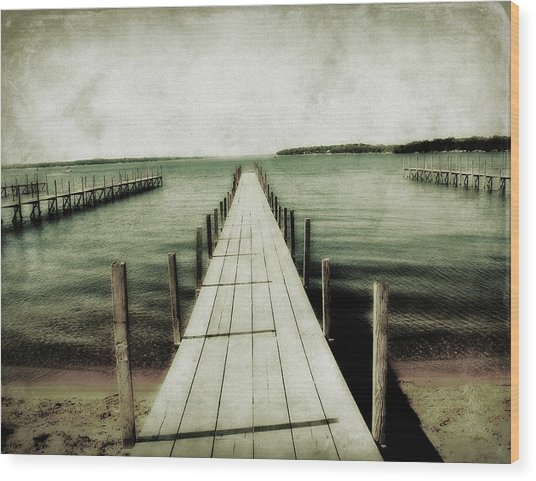 Okoboji Docks Wood Print
