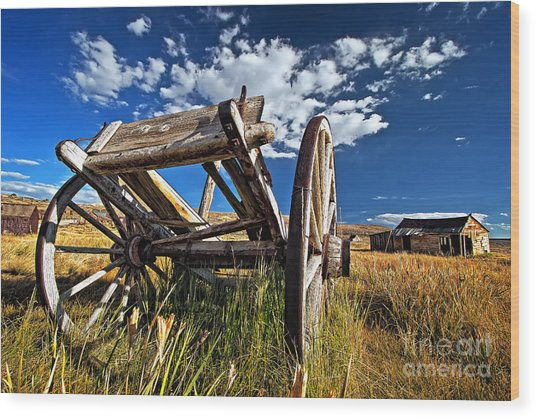 Old Abandoned Wagon, Bodie Ghost Town, California Wood Print