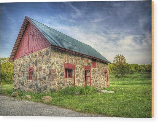 Old Barn At Dusk Wood Print