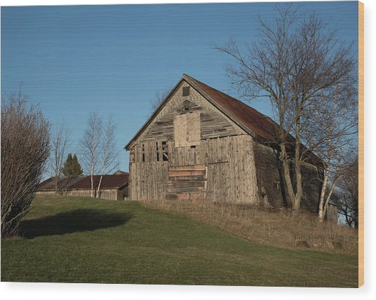 Old Barn On A Hill Wood Print