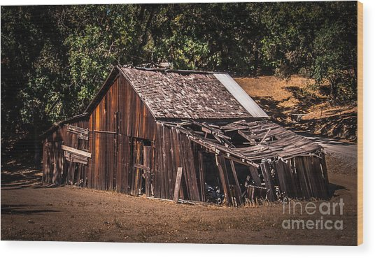 Old Barn River Road Sonoma County Wood Print