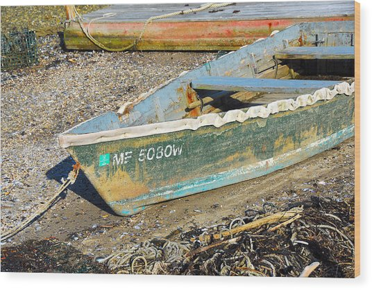Old Boat Wood Print