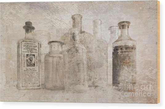 Old Bottles With Texture Wood Print