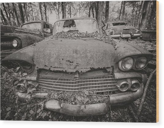 Old Car City In Black And White Wood Print