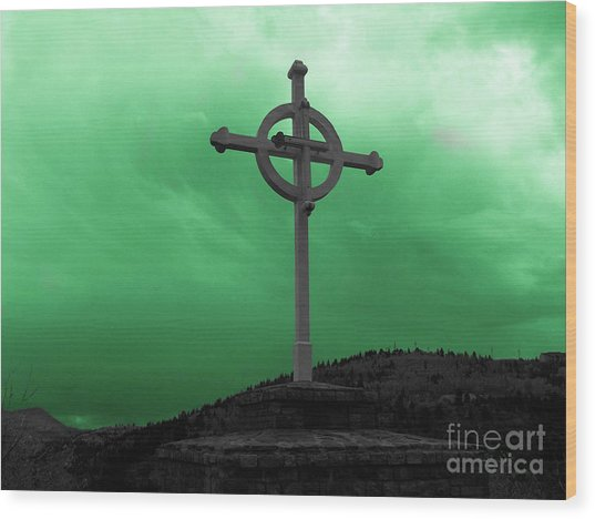 Old Cross - Green Sky Wood Print