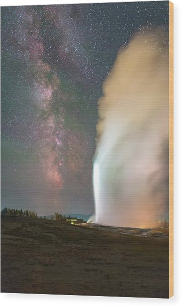 Old Faithful Erupts At Night Wood Print