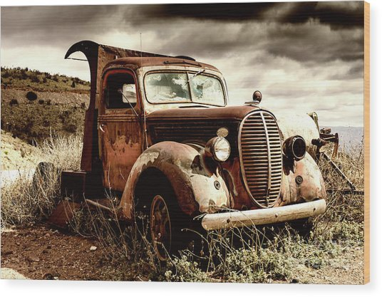 Old Ford Truck In Desert Wood Print