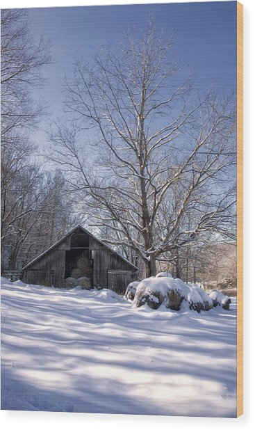 Old Hay Barn Boxley Valley Wood Print