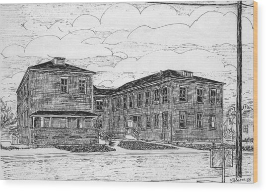 Old Lilly Lab At Mbl Wood Print