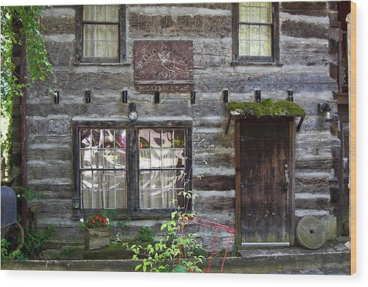 Old Log Building Wood Print