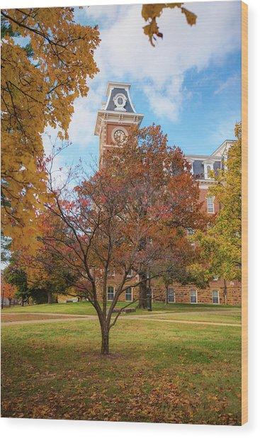 Old Main On The University Of Arkansas Campus - Autumn In Fayetteville Wood Print