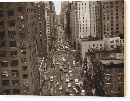 Old New York Photo - 10th Avenue Traffic Wood Print