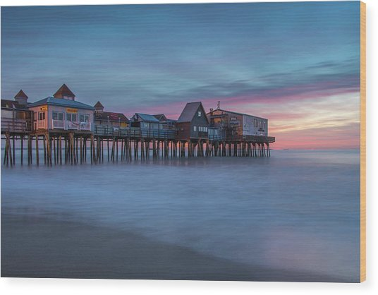 Old Orcharch Beach Pier Sunrise Wood Print