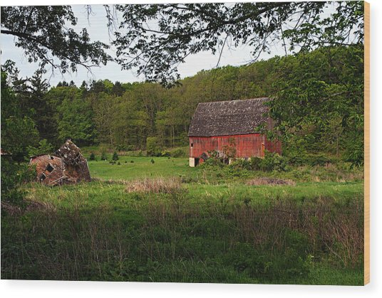 Old Red Barn 2 Wood Print