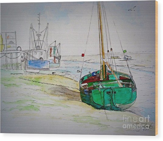 Old River Thames Fishing Boat Wood Print