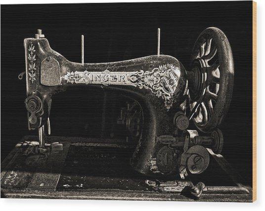 Old Singer Wood Print