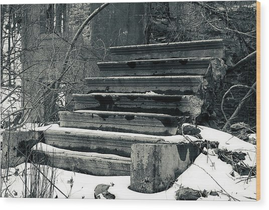 Old Stairs To Nowhere Wood Print
