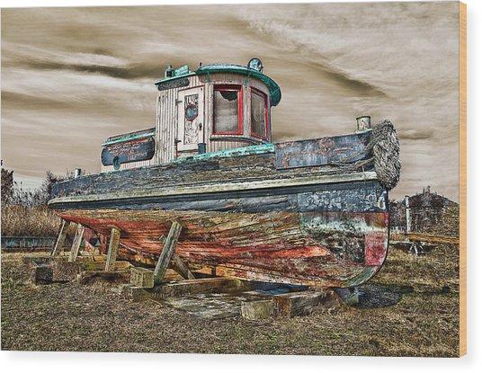 Old Tug Wood Print