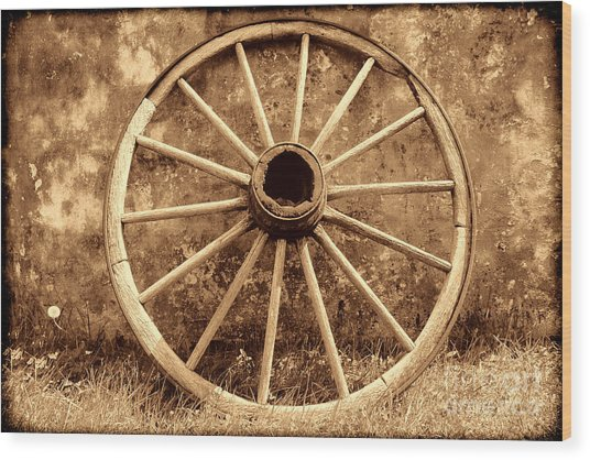 Old Wagon Wheel Wood Print