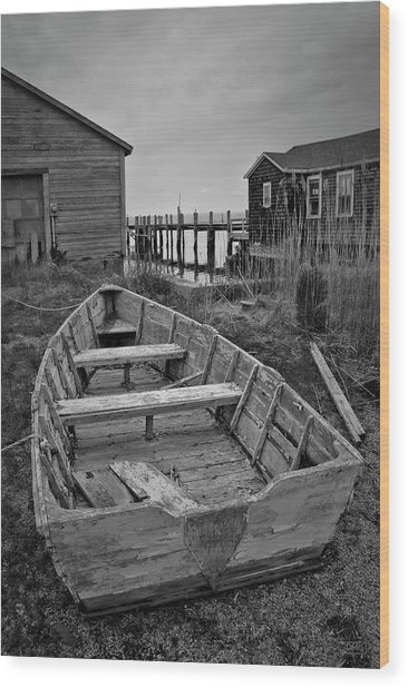 Old Wooden Boat Bw Wood Print