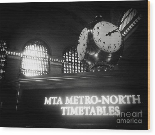 On Time At Grand Central Station Wood Print