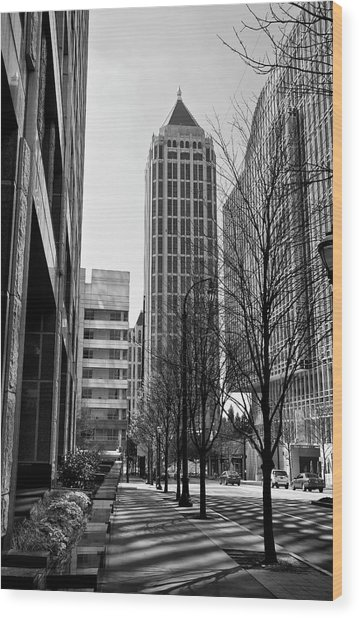 One Atlantic Center In Black And White Wood Print