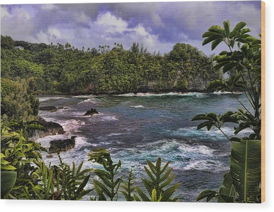 Onomea Bay Hawaii Wood Print
