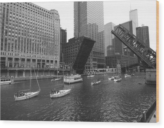 Open Bridges In Chicago Wood Print