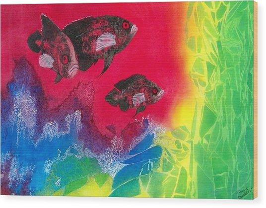 Oscars In Aquarium Wood Print by Terry Honstead