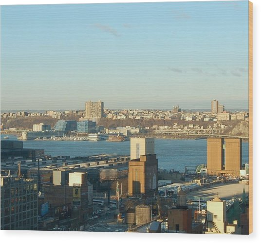 Overlooking The Hudson River From 42nd Street II Wood Print by Susan Heller