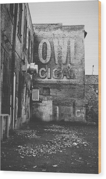 Owl Cigar- Walla Walla Photography By Linda Woods Wood Print
