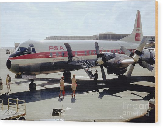 Pacific Southwest Airlines Lockheed L-188c, N376ps Wood Print
