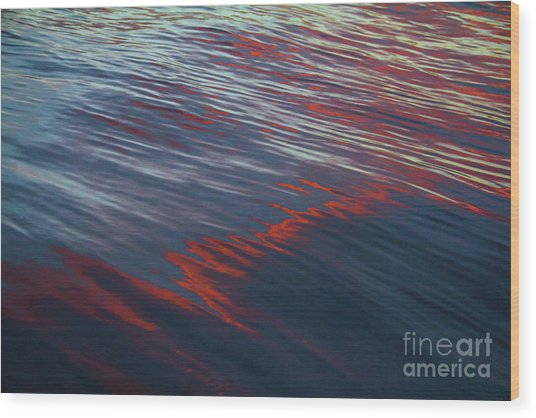 Painted By Nature - Water On The Flight Through The Fiery Skies Wood Print