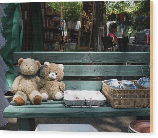 Teddy Bear Lovers On The Banch Wood Print