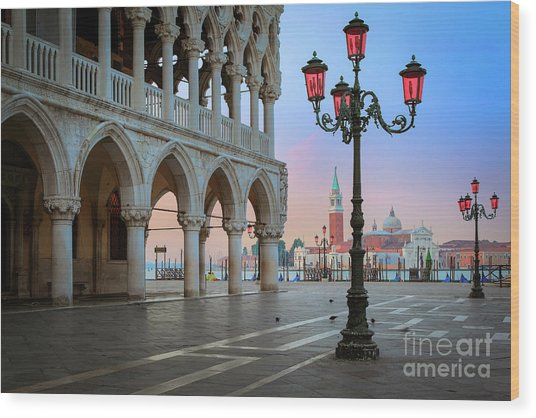 Palazzo Ducale Wood Print