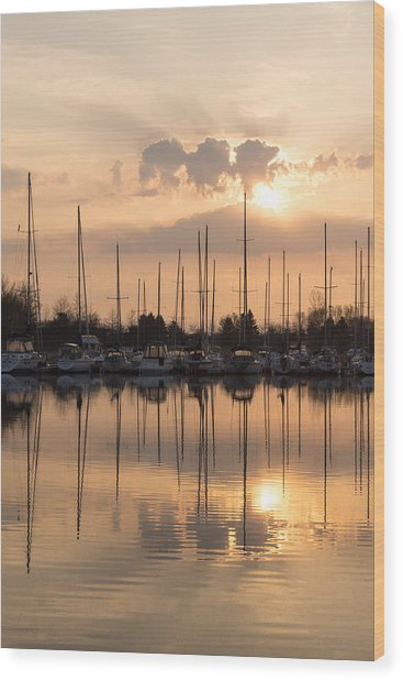 Pale Gold Sunrise With Boats Wood Print
