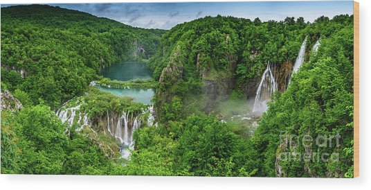 Panorama Of Turquoise Lakes And Waterfalls - A Dramatic View, Plitivice Lakes National Park Croatia Wood Print