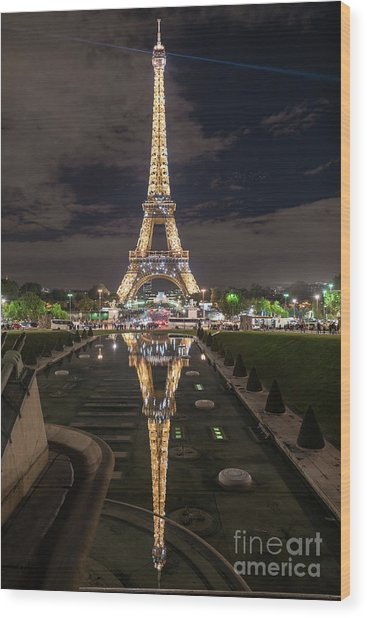 Paris Eiffel Tower Dazzling At Night Wood Print