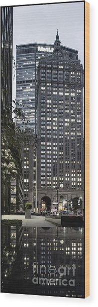 Wood Print featuring the photograph Park Avenue Met Life Nyc by Juergen Held