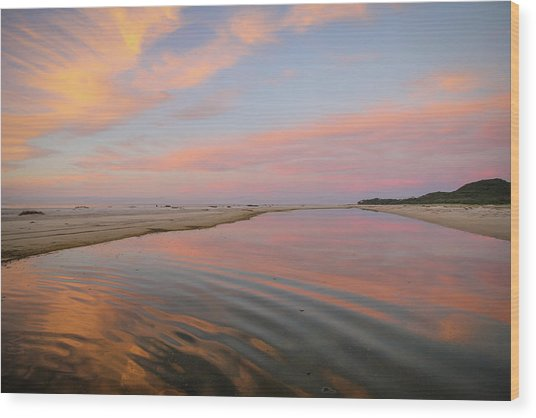 Pastel Skies And Beach Lagoon Reflections Wood Print