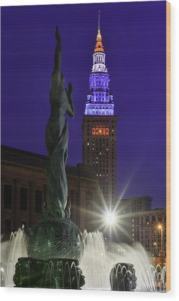 Patriotic Cleveland Fountain  Wood Print