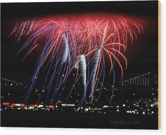 Patriotic Fireworks S F Bay Wood Print