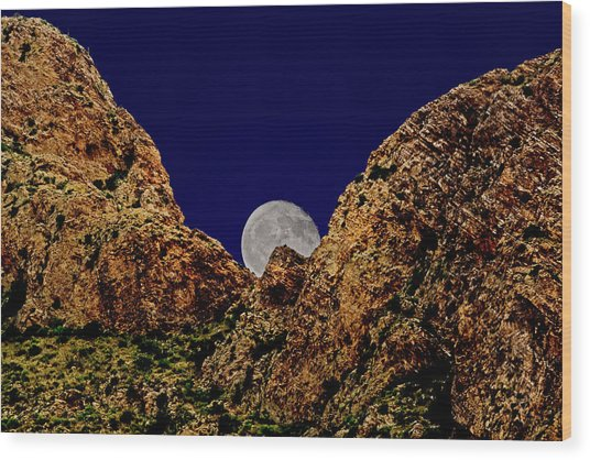 Peak Full Moon H03 Wood Print
