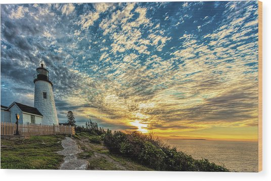Pemaquid Point Lighthouse At Daybreak Wood Print