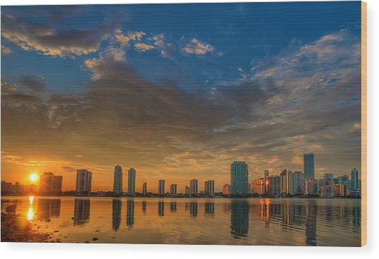 Perfect Sunset Wood Print by William Wetmore