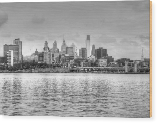 Wood Print featuring the photograph Philadelphia Skyline In Black And White by Jennifer Ancker