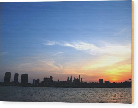 Philadelphia Skyline Low Horizon Sunset Wood Print