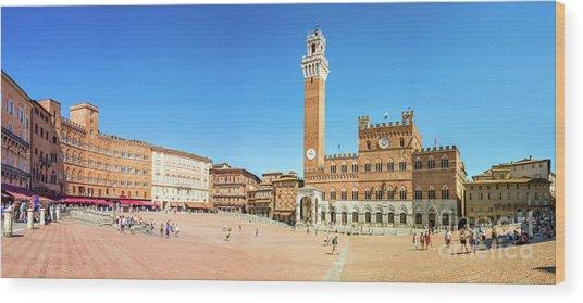 Piazza Del Campo In Siena Wood Print