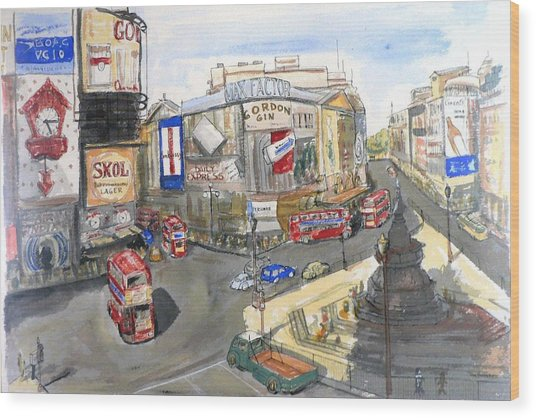 Picadilly Circus Wood Print by Dan Bozich